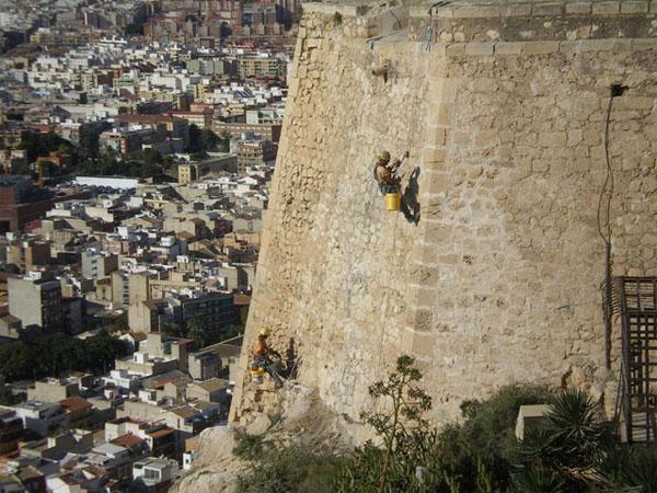 Castillo de santa b rbara alicante altur - Trabajos verticales en alicante ...